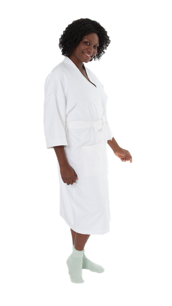 With a wrap-around attached belt, a generous cut and stylish trim, this robe is a great way to increase patient comfort.